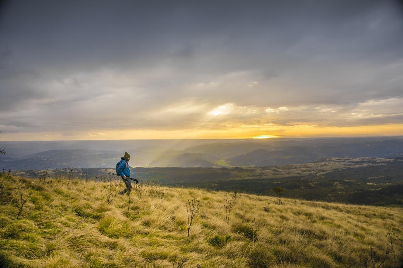 Що взяти з собою при поїздці в гори?